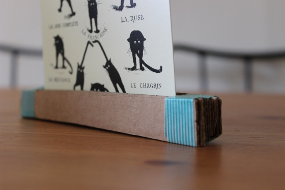 cardboard-photo-holder-1