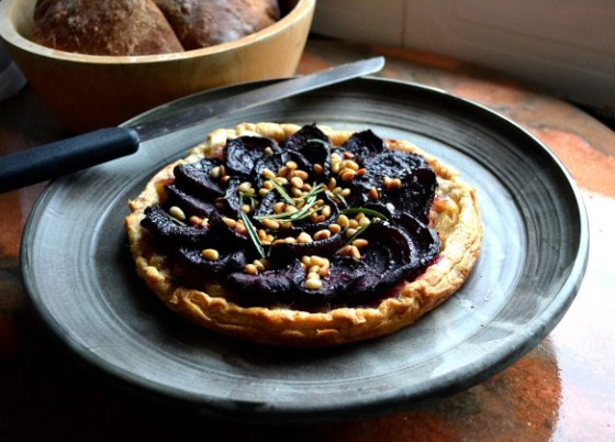 caramelized onion and beetroot tart from susaneatslondon.com