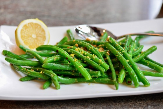 Lemon-garlic-green-beans-1024x683